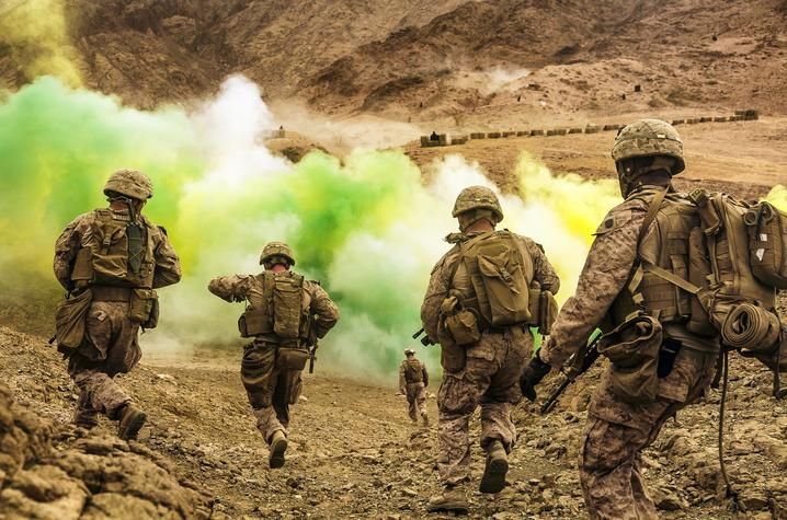 U.S. Marines run to firing positions during live-fire training in Jordan as part of Eager Lion. Photo By Staff Sgt. Dengrier Baez
