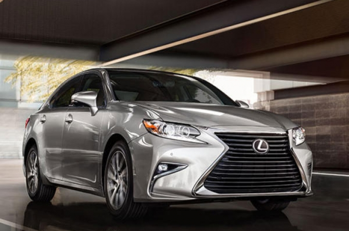 LEXINGTON, Ky. (Nov. 10, 2015) U2014 On Dec. 10, A Lucky Ticket Holder Will  Walk Away With A New 2016 Lexus ES 350 Because They Chose To Support  Kentucky ...