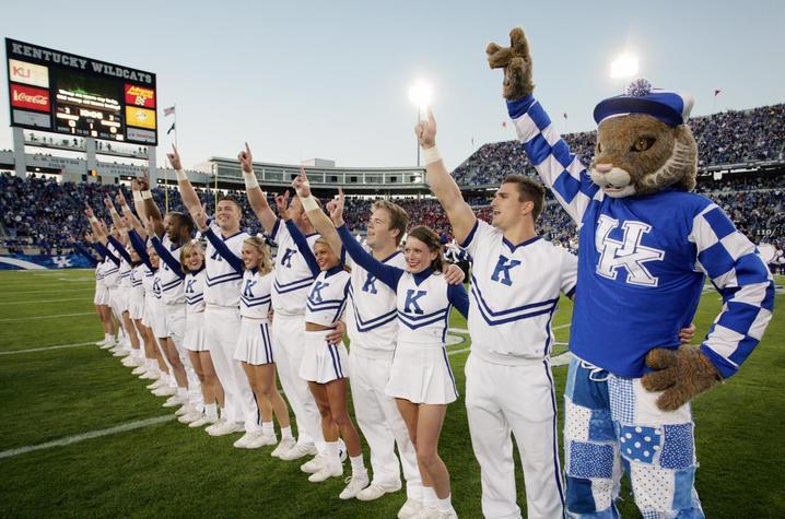 Kentucky Cheerleading Wins Record 21st National ...