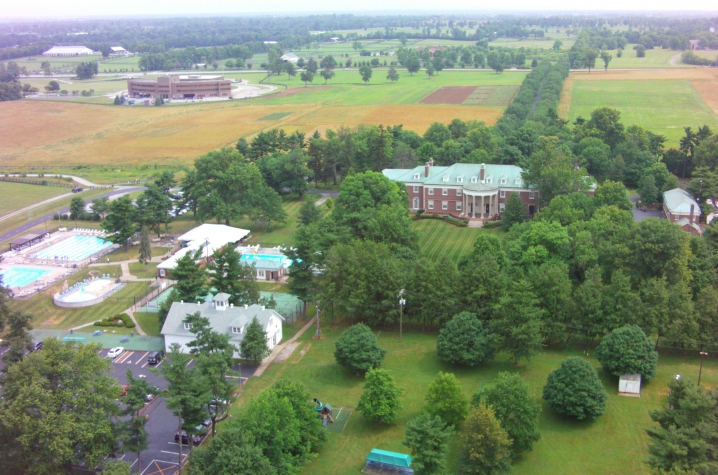 Club At Spindletop Hall Offers Discount Uknow