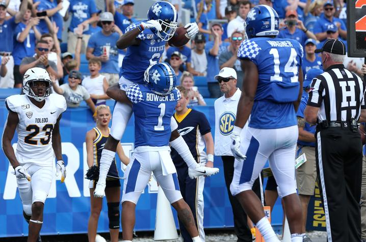 Kentucky Football Offers Discount for Faculty and Staff ...