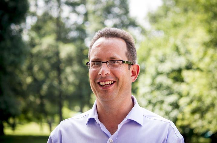 Andrew Hippisley