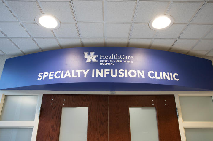 image of sign outside the specialty infusion clinic