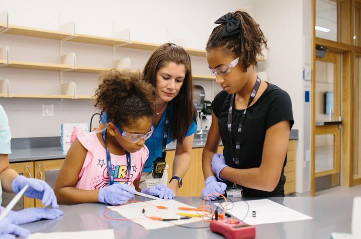 Margaret Mohr-Schroeder with students at STEM camp