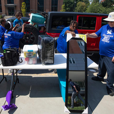 This is a photo of UK Volunteers Helping with Move-In 2019.