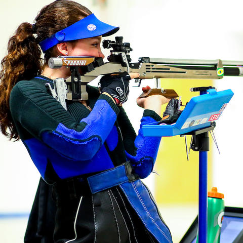 photo of Mary Tucker of UK Rifle competing