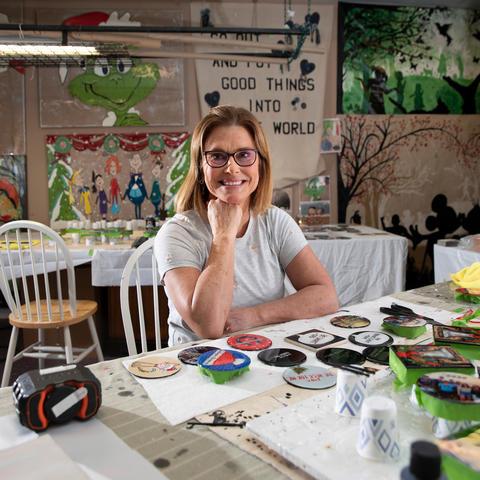 photo of Debbie Van Leeuwen in her home studio