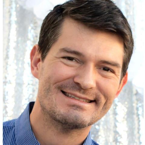 headshot photo of Bruce Haupt