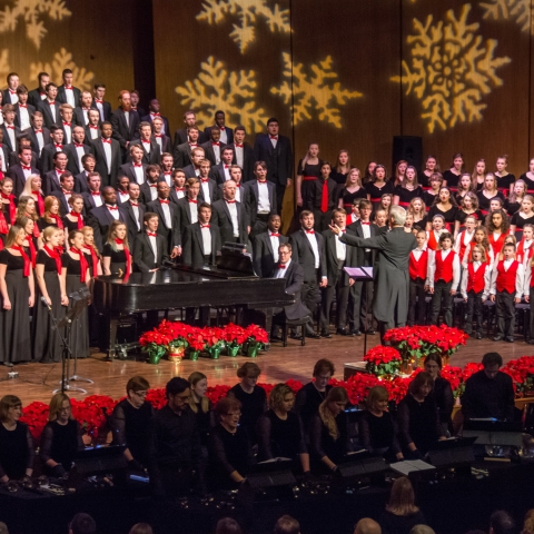 """photo of combined choirs at """"Collage"""" 2015"""