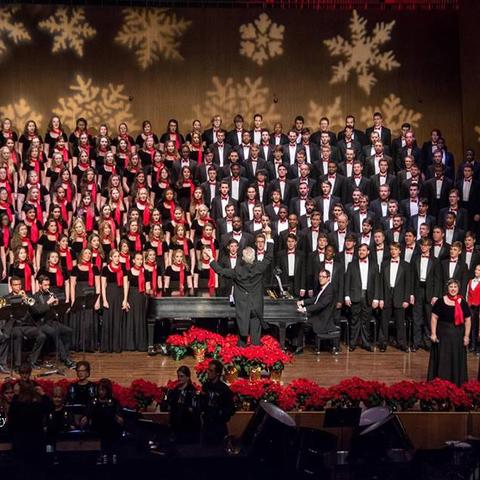 "photo of combined choirs at ""Collage"" 2016"