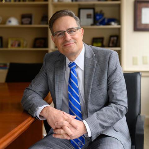 photo of Robert S. DiPaola, M.D.
