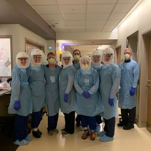 A team of UKHC respiratory therapists