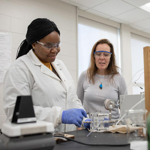 Photo of Isabel Escobar in the Lab