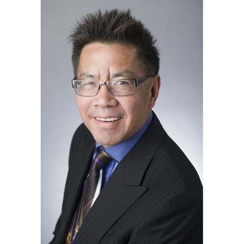 headshot photo of Jon Jang