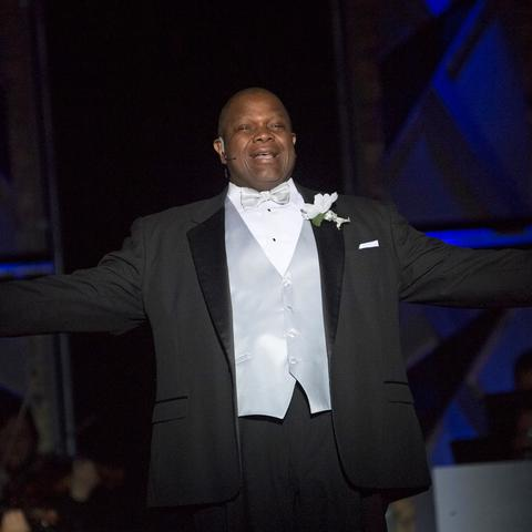 "photo of Everett McCorvey singing in ""Grand Night"" 2017"