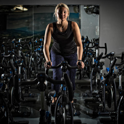 Sara Kinkaid working out in the Johnson Center.
