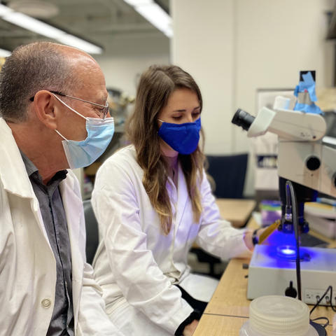 UK professor Robin Cooper, Ph.D. with undergraduate student researcher Cecilia Pankau.