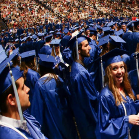 Grad Salute helps graduates plan for Commencement