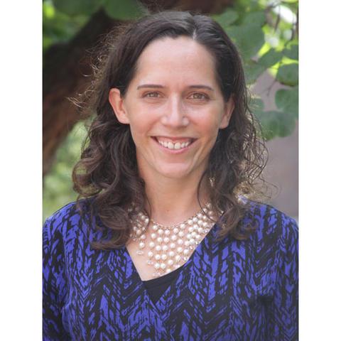 headshot photo of Olivia Yinger