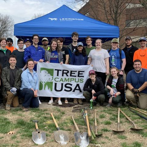 Photos from Branching Out Tree planting hosted in partnership with LFUCG.
