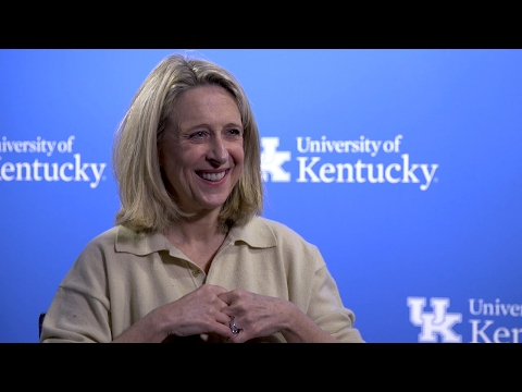 Thumbnail of video for VIDEO: Gretchen Wells Talks Hearts, Books & Kentucky Women