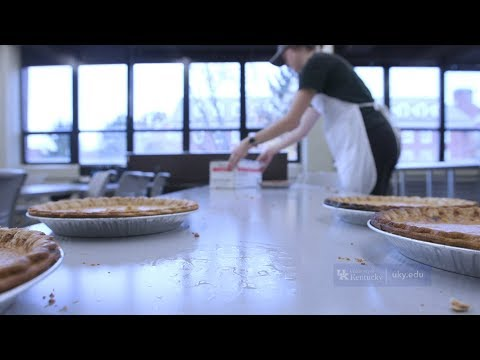 Thumbnail of video for UK Students Cook Farm-to-Fork Food for Fellow Wildcats